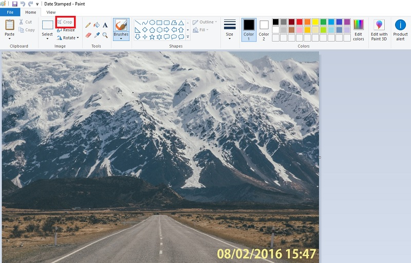 Schneiden Sie das Bild mit Farbe