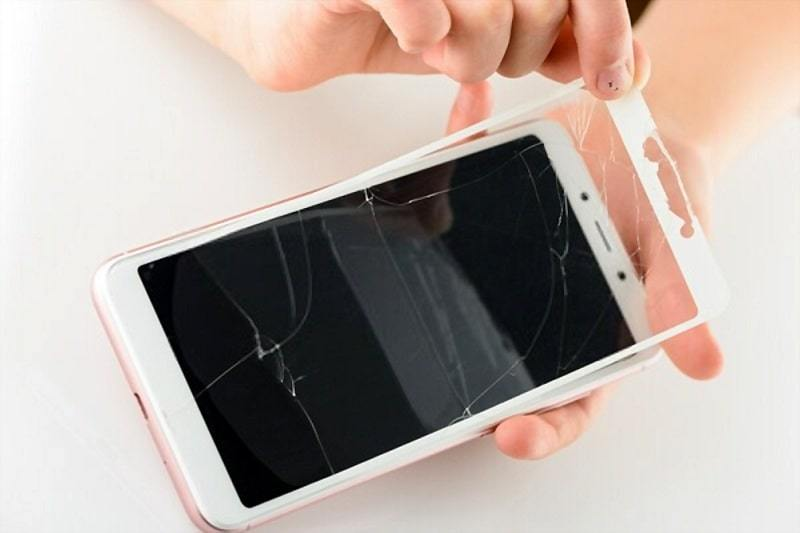 iphone touch screen not-working remove protector